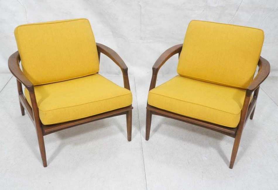 Pr THAYER COGGIN by MILO BAUGHMAN Lounge Chairs.
